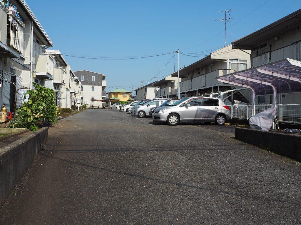 ガーデンパレスかまたDEF駐車場