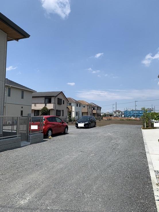グランスール駐車場(砕石)